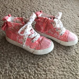Cat & Jack Girls coral lace high top sneakers 6